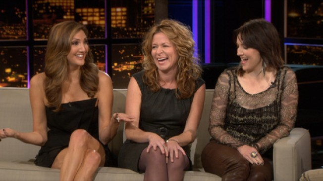 "Sarah Colonna Spills on Her ""Chelsea Lately"" Castmates"