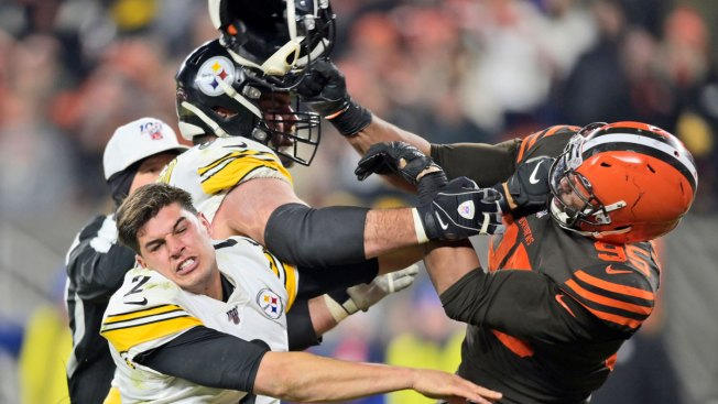 Browns' Garrett Suspended for Rest of Season by NFL