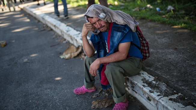 Weary Migrants Rest in South Mexico, Hope for Mass Transport to Mexico City