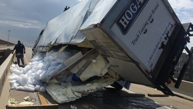 U.S. 75 Ramp Reopens After Semi Spills 16K Pounds of Ice Onto Road