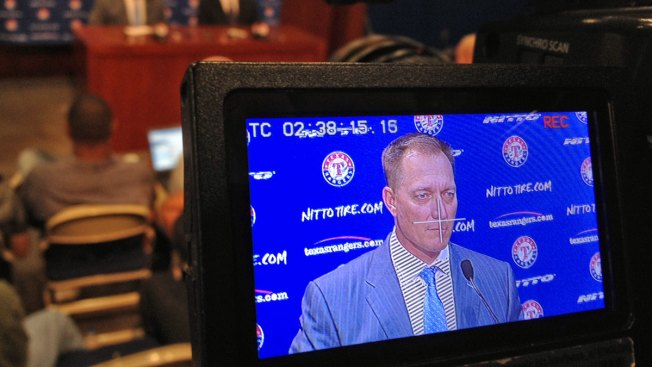 Rangers' 25-Man Roster Lacking Lefty Reliever