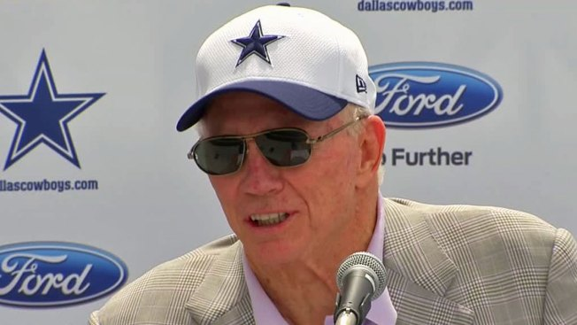 Jerry Jones Explains What Cowboys Want in a Backup Quarterback