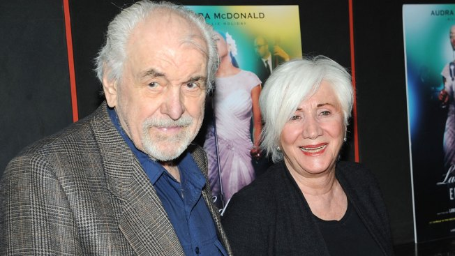 Theater Veteran and 'Mad About You' Actor Louis Zorich Dies at 93