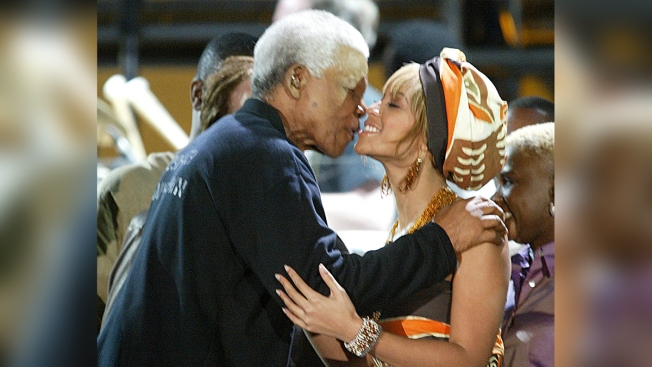 Beyonce, Jay-Z to Headline Festival Honoring Nelson Mandela