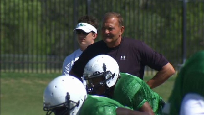 Coach McCarney Signs 5-Year Contract With North Texas