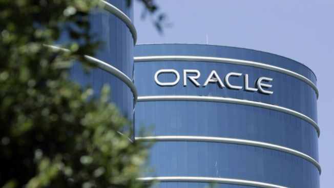 Oracle Buys Sun for $7.4B