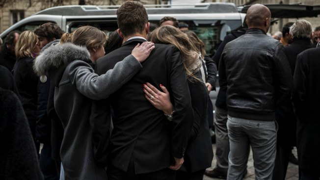 France Indicts 124, Detains 165 After Paris Attacks