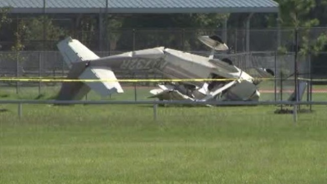 3 Hurt When Small Plane Crashes East of Houston