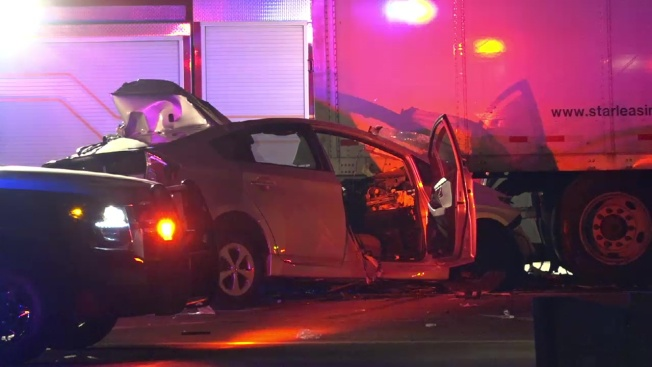 Man Dead, Woman Injured in Crash That Shut Down U.S. 75 in Plano