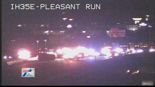 Crash Closes I-35E in DeSoto