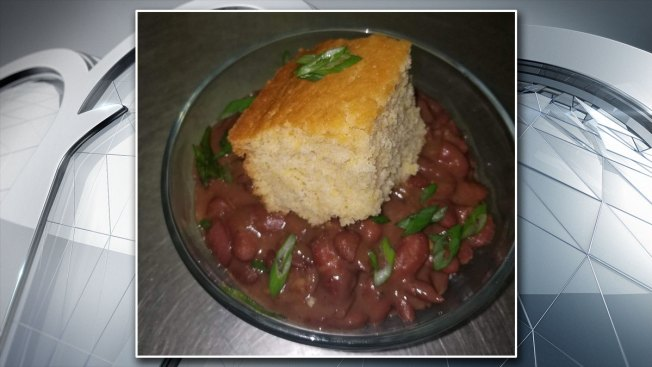 Texas Eatery Offers Free 'Poor Man Special' to Federal Workers