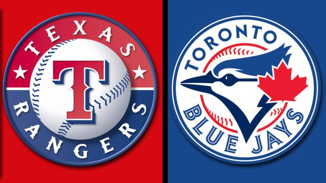 Smoak's 2 HRs Lead Blue Jays Over Rangers 3-1 in 10 Innings