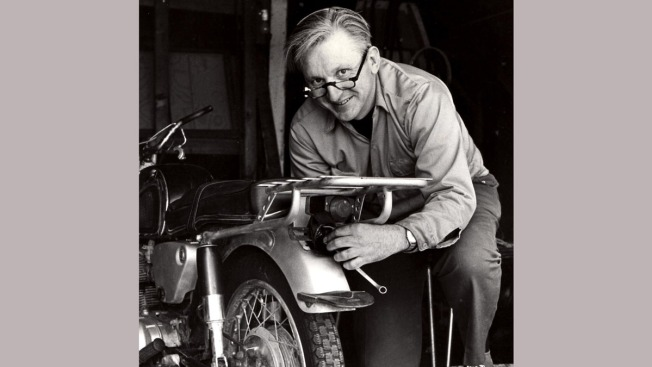 Robert M. Pirsig, Million-Selling 'Zen' Author, Dead at 88