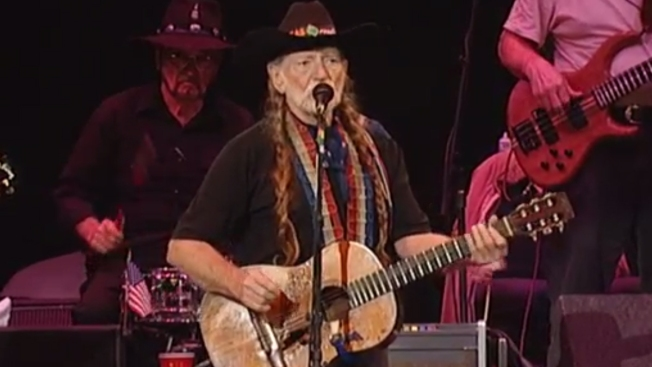 Willie Nelson Brings Farm Aid 2019 to Wisconsin's Dairy Land