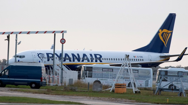 France Seizes Jet at Takeoff After Ryanair Doesn't Pay Bill