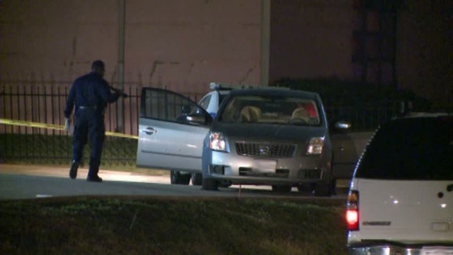 Dallas Police Shoot Two Carjacking Suspects, Killing One