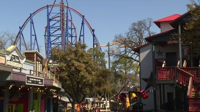 Six Flags Partners to Open Theme Park in Dubai