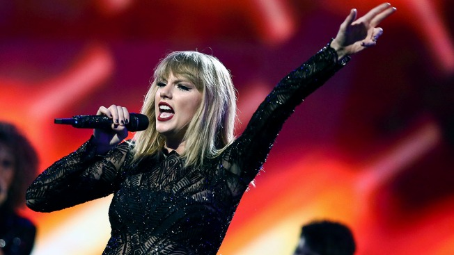Taylor Swift Ends The Suspense & Announces Her New Album 'Reputation'