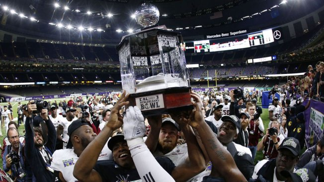 Silvers Lifts Troy Over UNT, 50-30, in New Orleans Bowl
