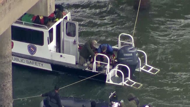 Search in Texas Lake Yields No Evidence in Official's Death