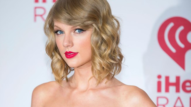 Taylor Swift Announces Lover Fest Concert Dates