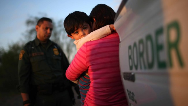 Trump Blames Democrats for Migrant Child Deaths at US Border