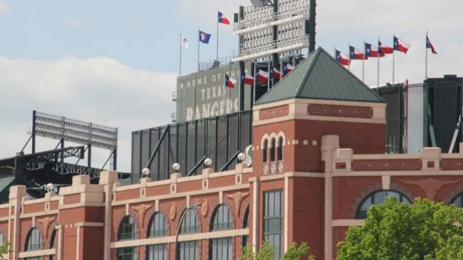 A New Retractable-Roof Stadium For The Rangers? Yes, Please