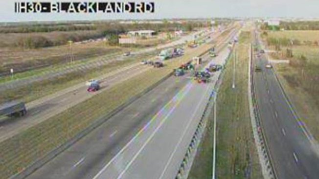 Multi-Vehicle Crash Closes Interstate 30 in Rockwall County