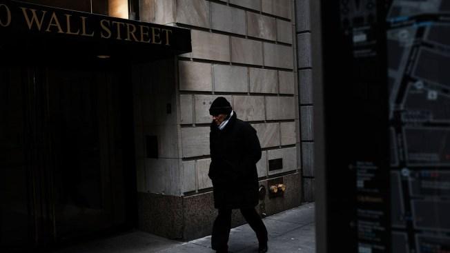 Stocks Power Higher After a Dreadful Week; Dow Jumps 410
