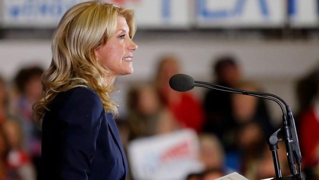 Wendy Davis Announces Education Plan