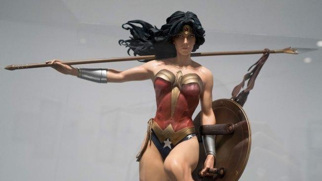 'Wonder Woman' Comics Writer Reveals Character Is Gay