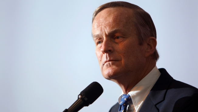 "Akin Vows to Stay in Race After ""Legitimate Rape"" Gaffe"
