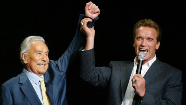 Joe Weider, Fitness Mentor to Schwarzenegger, Dies