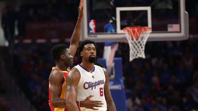 Michael Irvin Plans on Recruiting DeAndre Jordan to Mavs
