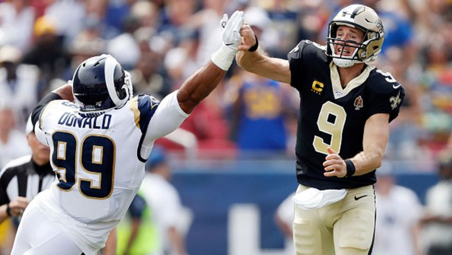 AP Source: Saints' Brees Has Torn Ligament in Thumb; Will Miss Cowboys Game