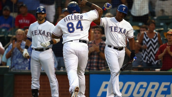 Bullpen Pitches Out of Trouble, Rangers Beat Astros