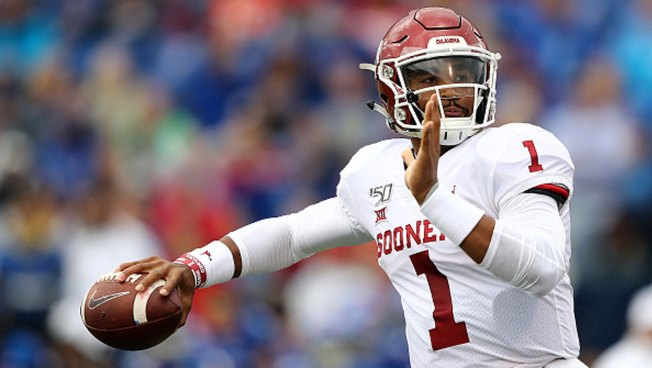 Sooners Stay at No. 5, SMU Up 2 Spots in AP College Football Poll