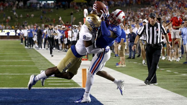 No. 24 SMU Rallies for 3-Overtime Win in 1st Ranked Game Since 1986