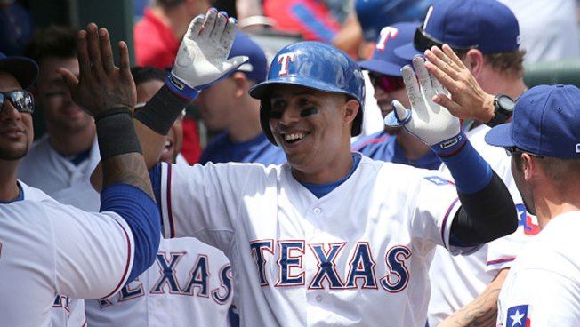 Former Rangers Outfielder Leonys Martin Recovering From 'Life-Threatening' Infection