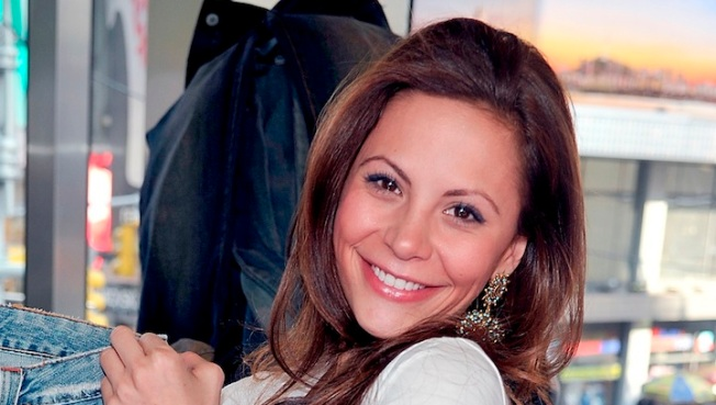 """""""The Bachelor"""" Star Gia Allemand's Funeral Set for Thursday"""