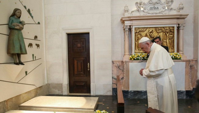 Pope gives the Catholic church its two youngest Saints