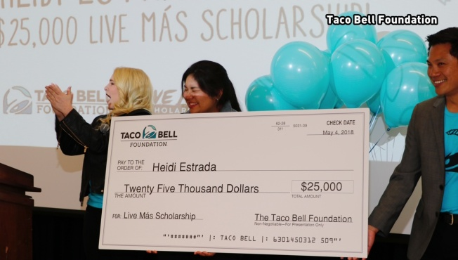 Arlington Teen Awarded $25,000 Taco Bell Scholarship