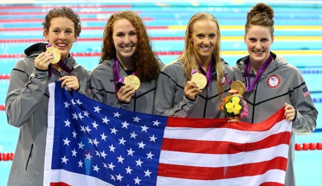 Vollmer, Women Win Gold in 4x200 Freestyle Relay
