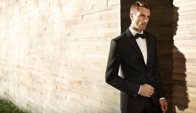 Men's Wearhouse Falls on 1Q Results, 2Q Outlook
