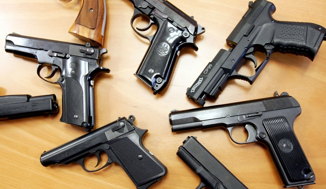 Texas and Connecticut Governors Differ on Gun Legislation
