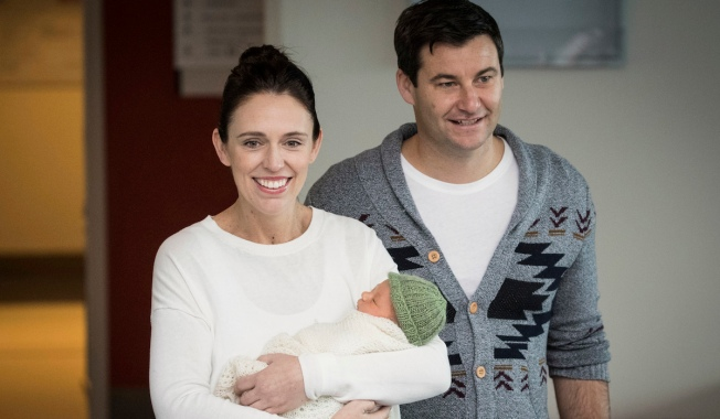 New Zealand Leader Makes First Appearance After Giving Birth