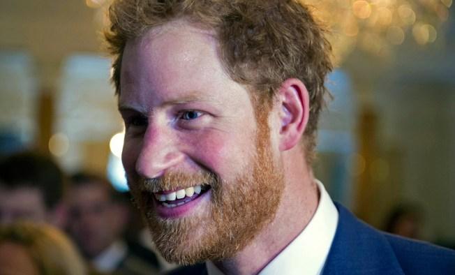 Prince Harry Photobombs 'America's Next Top Model's' Selfie
