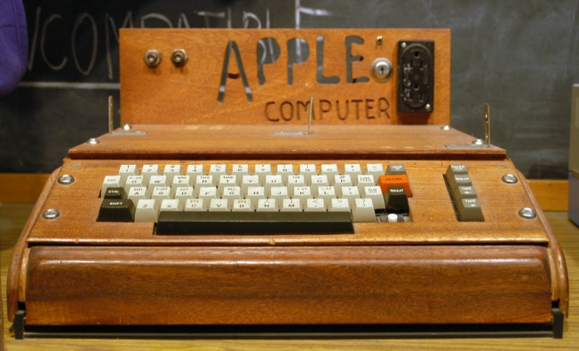 Rare Apple I Computer Fetches Over $213K