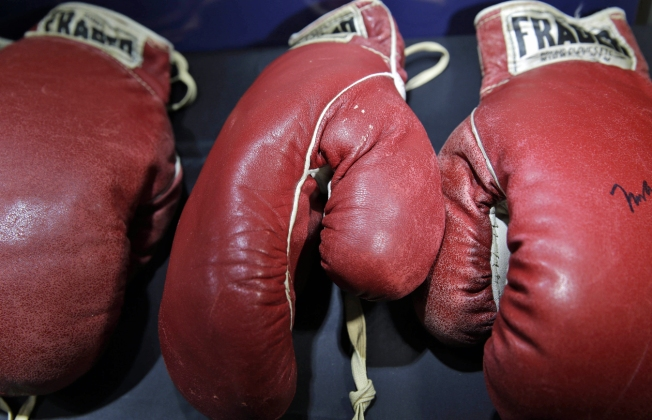 Ali, Liston Memorabilia get $1.1 Million at Auction