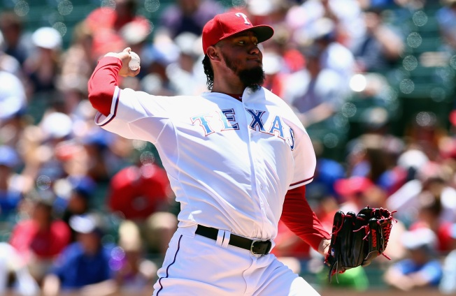 Ross Pitches Well as Padres Edge Rangers 2-1